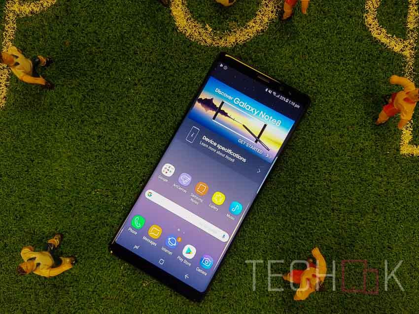 Samsung Galaxy Note 8 has a more rectangular design in comparison to the Galaxy S8