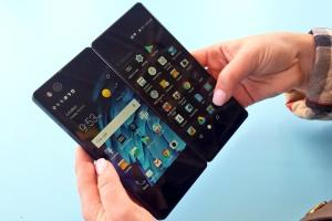 ZTE Axon M foldable smartphone launched: Price, Specifications & Availability