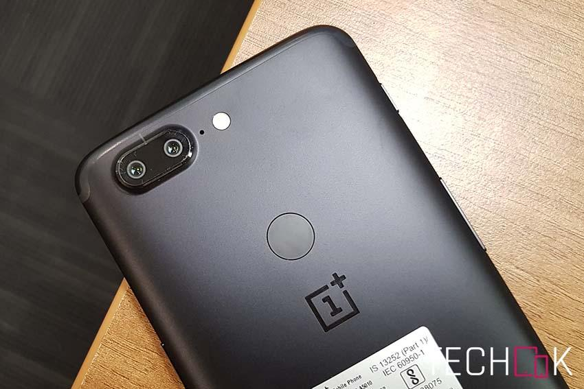 OnePlus 5T features a rear-mounted fingerprint sensor